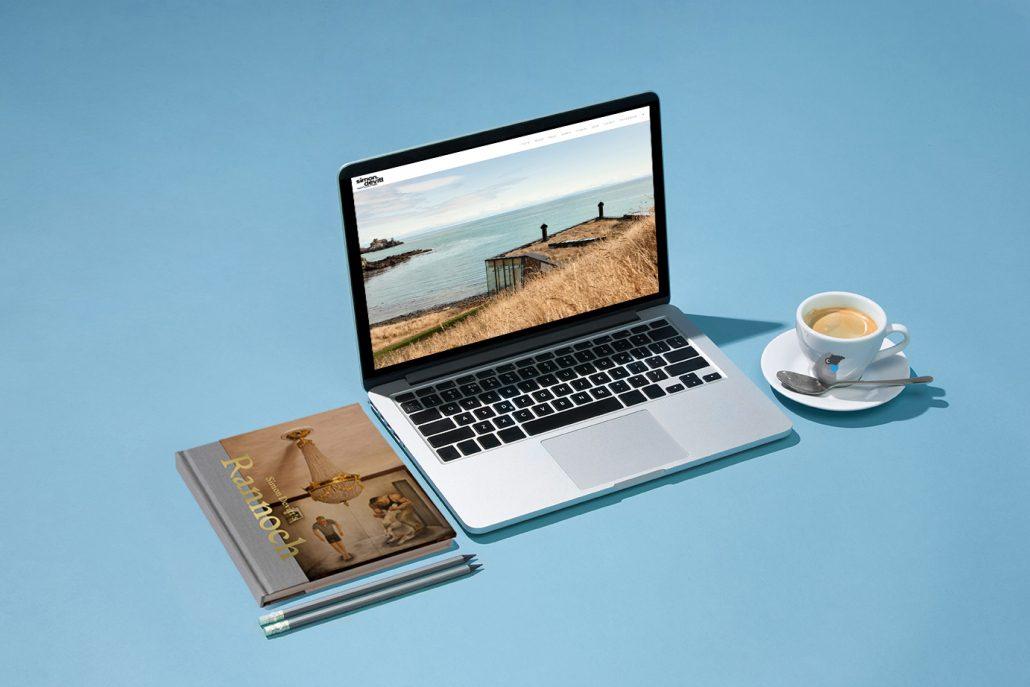 Simon Devitt website by Tanker Creative